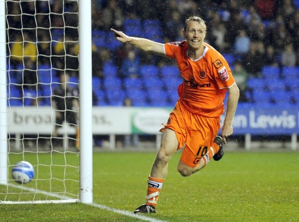 Blackpool's Brett Ormerod celebrates scoring the equalising goal - Coca-Cola Football League Championship - Reading v Blackpool - Madejski Stadium