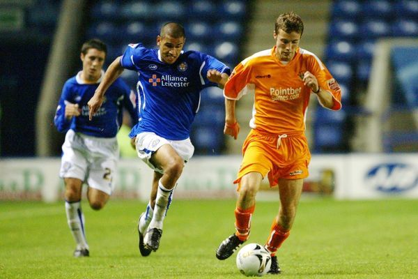 (L-R) Leicester City's Alan Sheehan and Patrick Kisnorbo and Blackpool's Simon Wiles