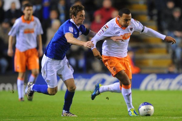 Leicester City's Andy King and Blackpool's Matt Phillips