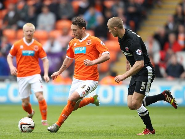 Blackpool's Stephen Dobbie and Charlton Athletic's Michael Morrison