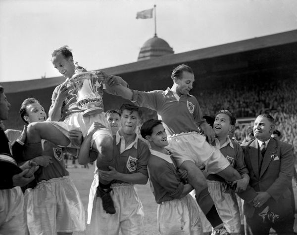 Blackpool captain Harry Johnston (top, l) holds the FA Cup aloft after his team came back from 3-1 down to win 4-3, thanks to inspired performances from Stanley Matthews (top, r), hat trick hero Stan Mortensen (r) and winning goalscorer Bill Perry