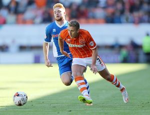 <b>Sky Bet League One - Blackpool v Rochdale - Bloomfield Road</b><br>Selection of 11 items